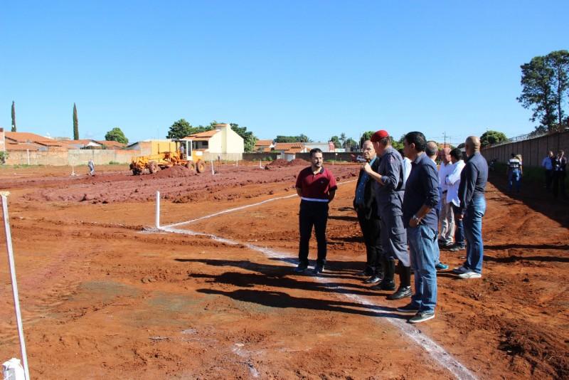 Corpo de Bombeiros apresenta projeto e local para futuras instalações em Araguari