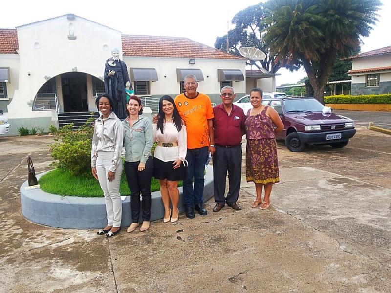 Secretária de Trabalho e Ação Social visita Associação São Vicente de Paulo
