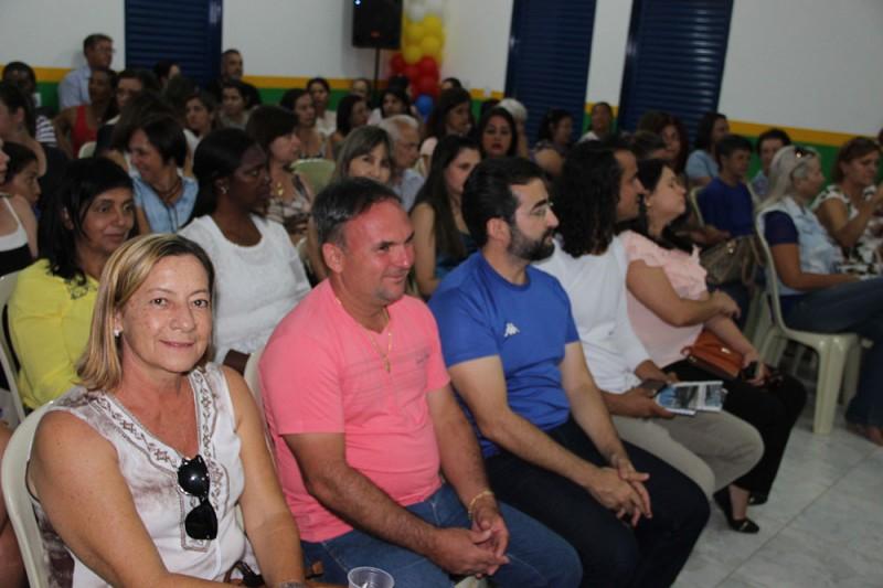 Prefeitura inaugura CMEI para atender os Bairros Brasília e Maria Eugênia